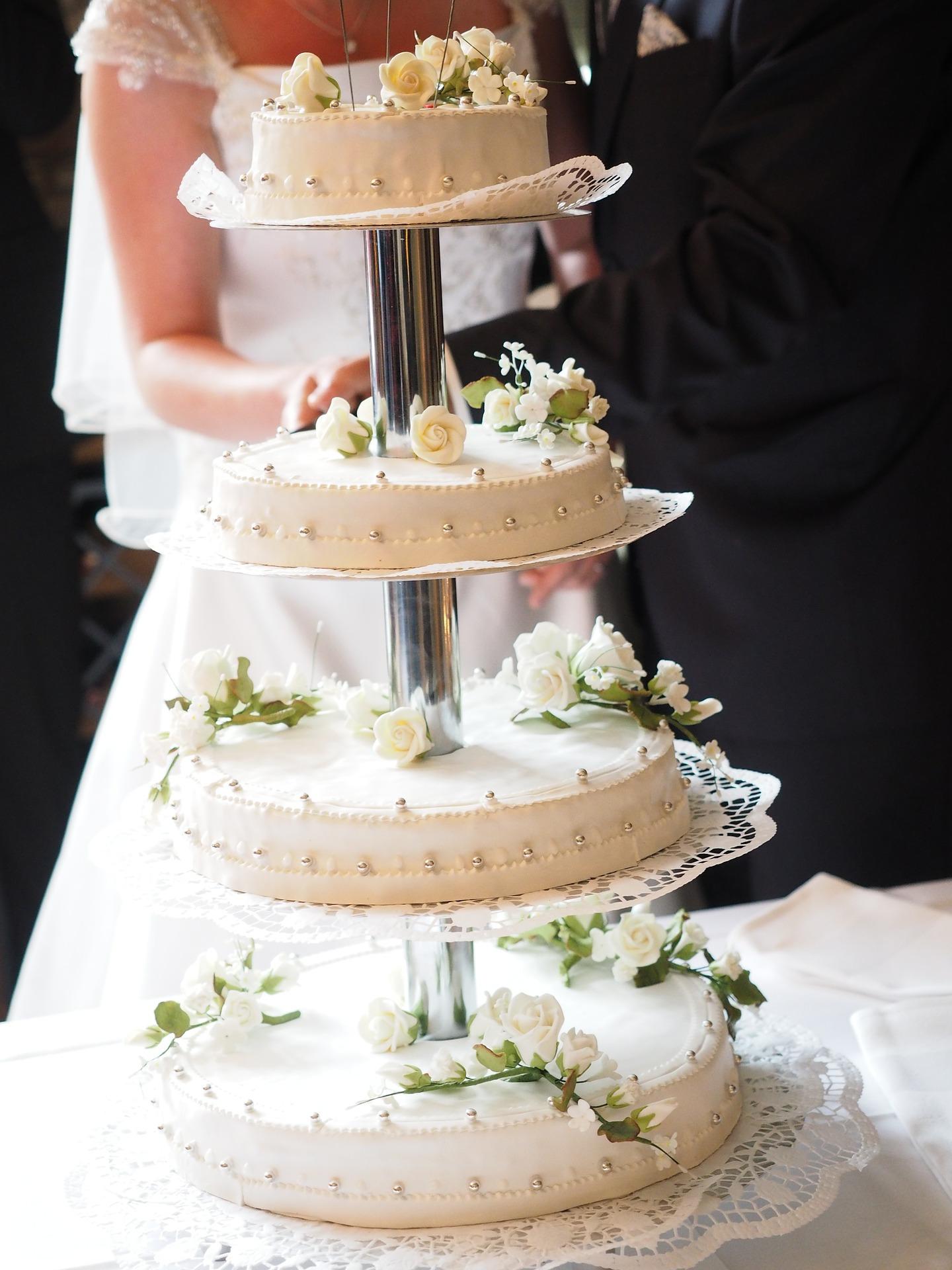 La wedding cake: dolce capolavoro da multipiano a extra large